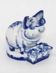 Скульптура «Свинья с корытом» авт. А. Жигунов