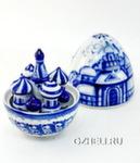 Скульптура «Яйцо с собором» авт В. и Л. Черновы