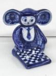 Скульптура «Чебурашка с шахматами» авт. Ю. Гаранин