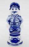 Скульптура «Милиционер» штрафной авт. Л. и А. Сидоровы