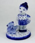 Скульптура «Девочка с игрушкой» авт. М. Тарыгин