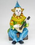 Скульптура «Клоун с балалайкой» цвет авт. М. Тарыгин