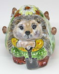 Скульптура «Ежик девочка» лепнина цвет авт. М. Тарыгин