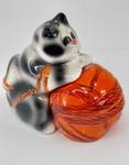 Скульптура «Кот с клубком» специя цвет авт. Ю.М.Мухин