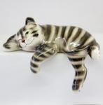 Скульптура «Кот свисающийся» цвет полосатый авт. Ю.М.Мухин