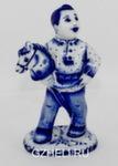 Скульптура «Мальчик с лошадкой» авт. Е. Сухорукова