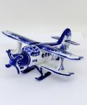 Скульптура «Самолет АН - 2» лыжи земля авт. А. Ларин