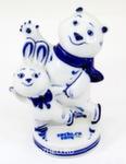 Скульптура «Белый мишка и зайка - фигуристы» авт. А. Рыженок
